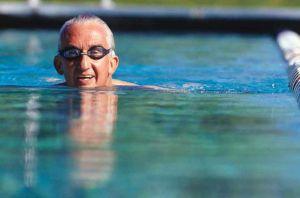 swim-health-benefits-old-age2